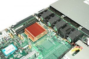 adaptec-snapserver720-inside-pers-1